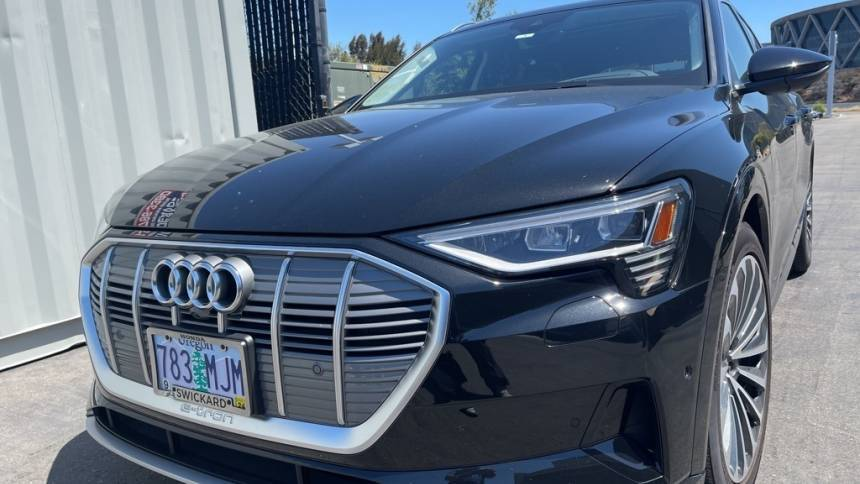2019 Audi e-tron WA1VABGE2KB024883