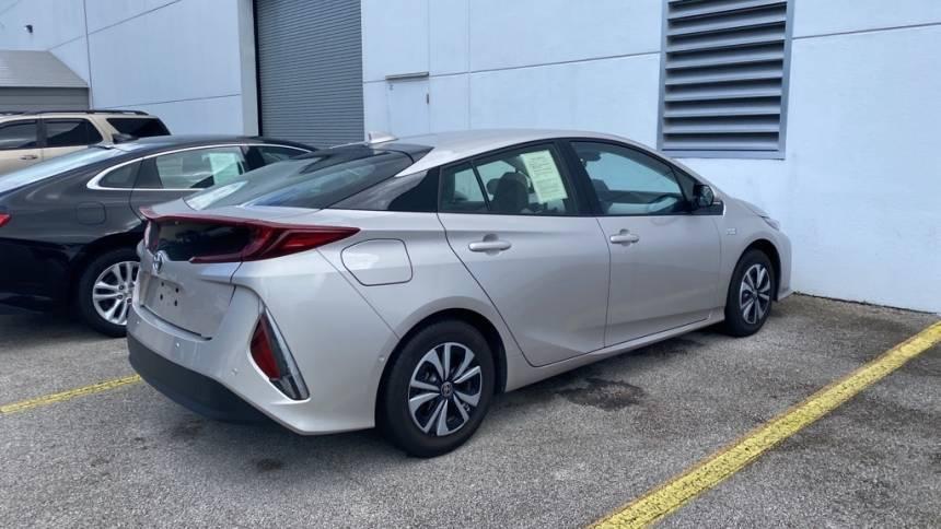2017 Toyota Prius Prime JTDKARFP2H3065909