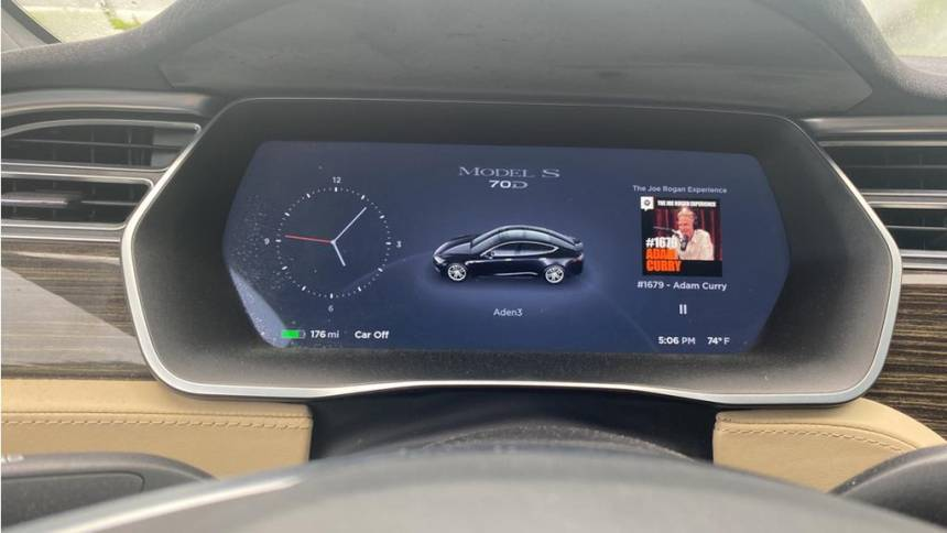 2016 Tesla Model S 5YJSA1E22GF128516