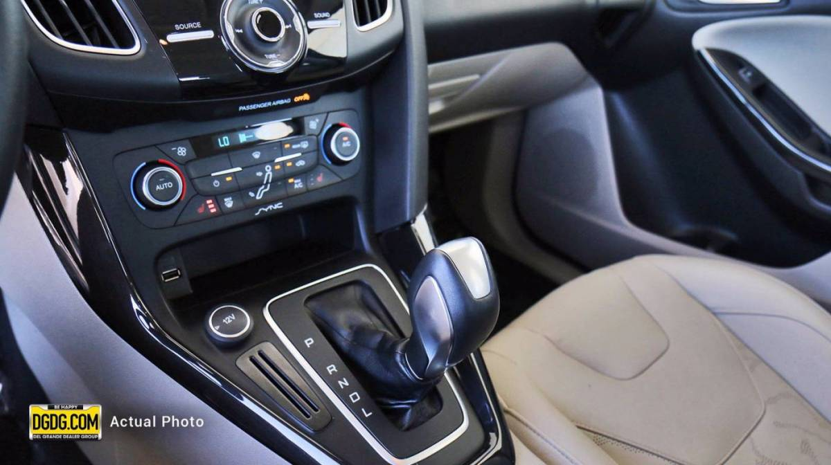 2015 Ford Focus 1FADP3R42FL375535