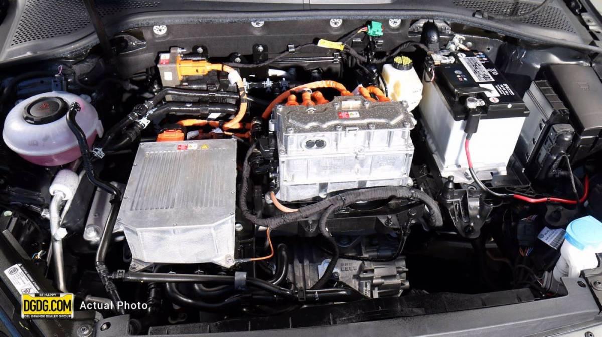 2019 Volkswagen e-Golf WVWKR7AU6KW919221