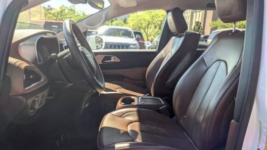 2018 Chrysler Pacifica Hybrid 2C4RC1N76JR230384