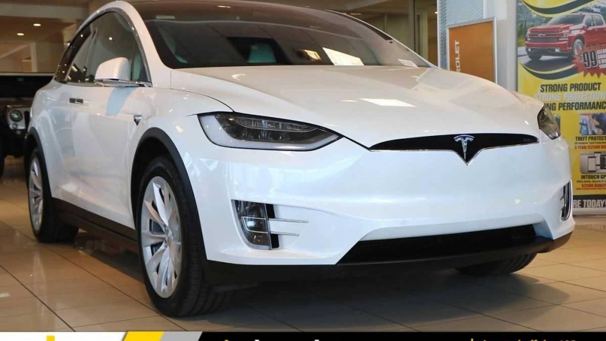 2019 Tesla Model X 5YJXCAE24KF186765