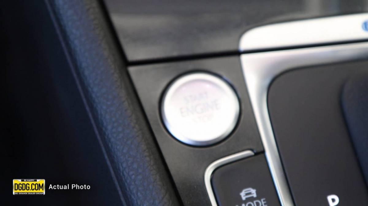 2019 Volkswagen e-Golf WVWKR7AU9KW910139