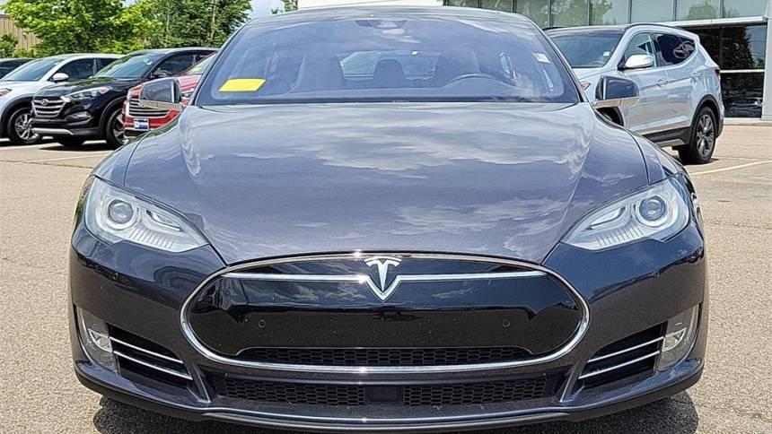 2016 Tesla Model S 5YJSA1E20GF129809