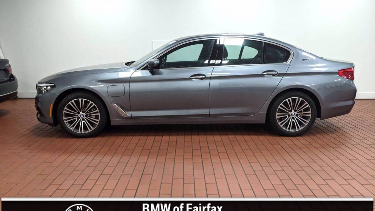 2018 BMW 5 Series WBAJB1C57JB084915