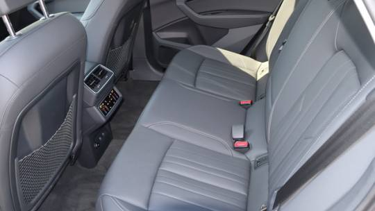 2021 Audi e-tron WA1LABGE5MB014701