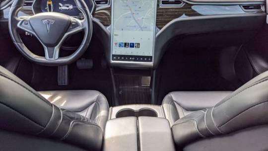2016 Tesla Model S 5YJSA1E25GF123746