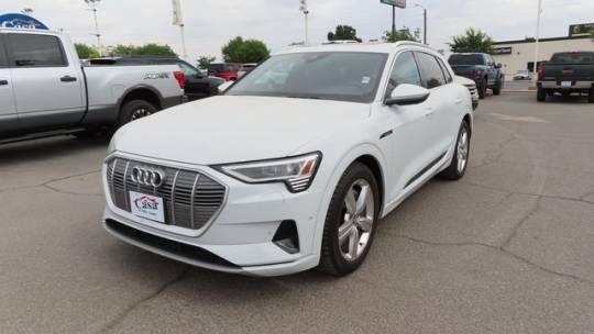 2019 Audi e-tron WA1LAAGE5KB023759