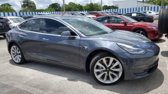 2019 Tesla Model 3 5YJ3E1EB3KF192002