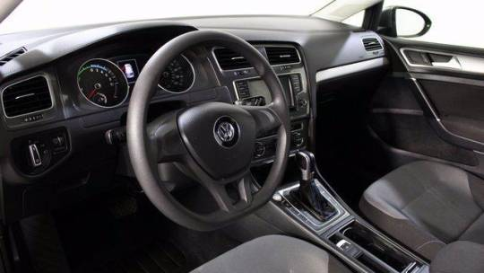 2016 Volkswagen e-Golf WVWKP7AU6GW916252