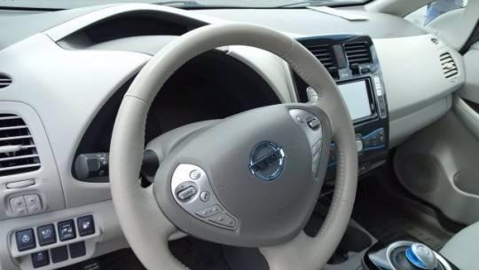 2015 Nissan LEAF 1N4AZ0CP5FC331415