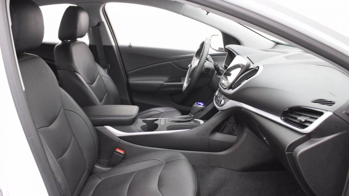 2018 Chevrolet VOLT 1G1RC6S58JU110758