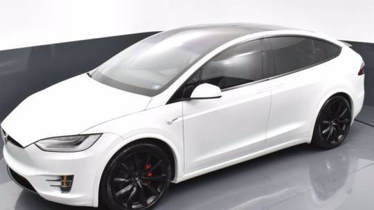 2019 Tesla Model X 5YJXCAE40KF186005
