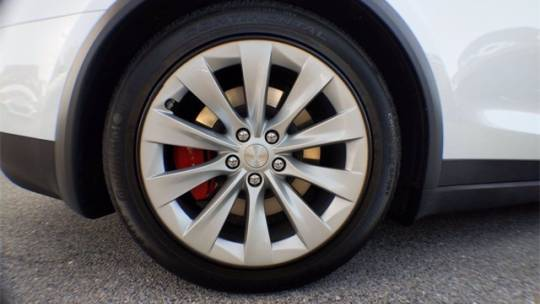 2020 Tesla Model X 5YJXCDE40LF277035
