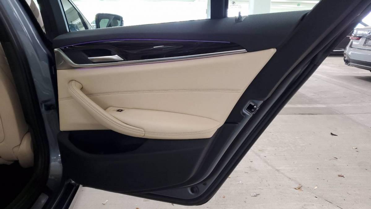 2018 BMW 5 Series WBAJB1C55JB374957