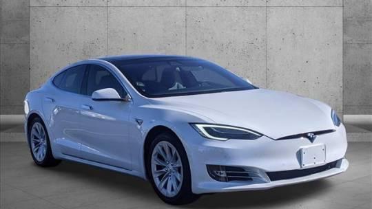2017 Tesla Model S 5YJSA1E23HF200857