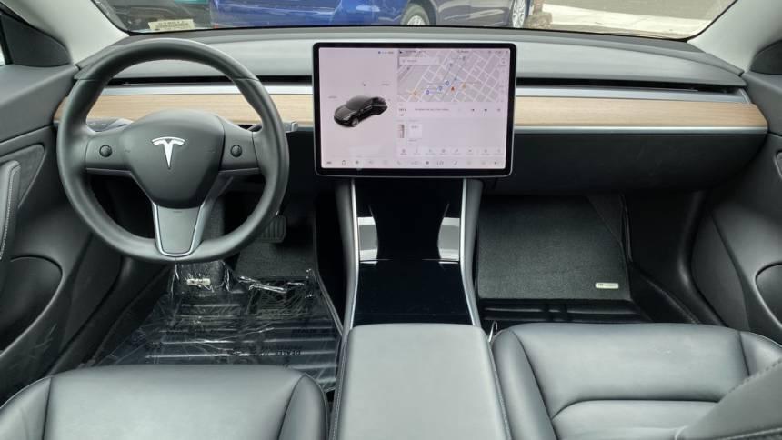 2018 Tesla Model 3 5YJ3E1EB8JF130464