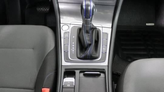 2015 Volkswagen e-Golf WVWKP7AU9FW905681