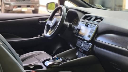 2019 Nissan LEAF 1N4AZ1CP5KC302352
