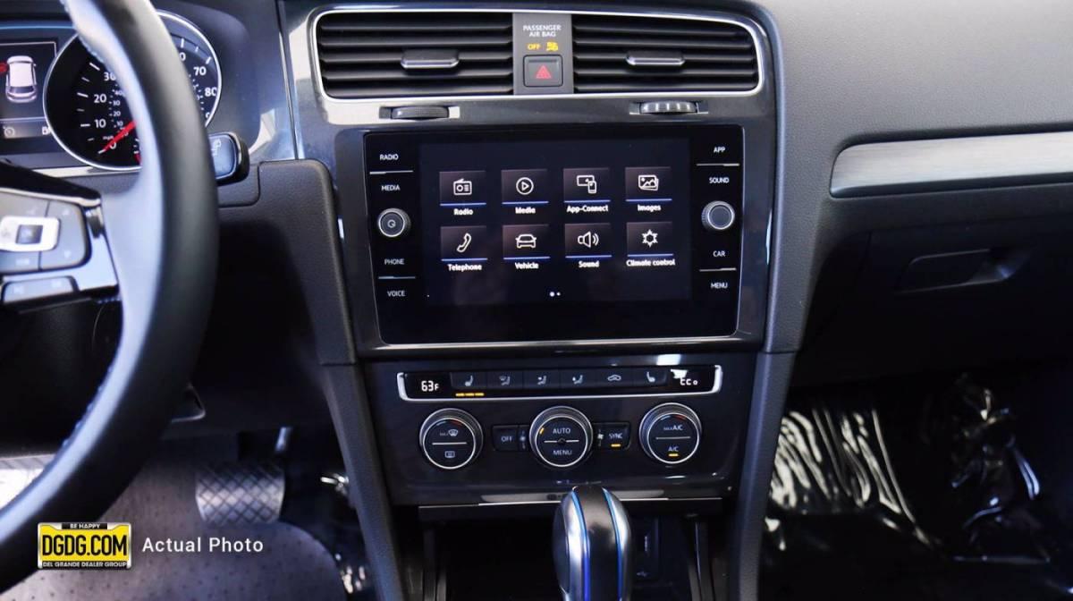 2019 Volkswagen e-Golf WVWKR7AU1KW908045