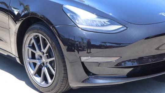 2018 Tesla Model 3 5YJ3E1EA3JF070925