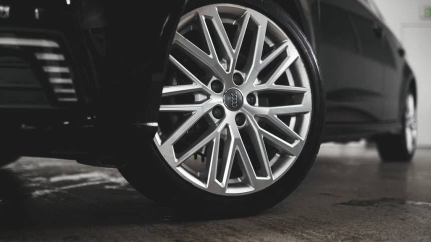 2018 Audi A3 Sportback e-tron WAUUPBFF3JA062182
