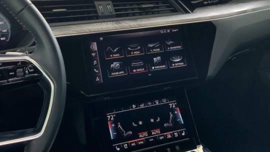 2019 Audi e-tron WA1VAAGE2KB007141