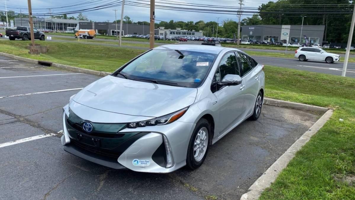 2018 Toyota Prius Prime JTDKARFP8J3079982
