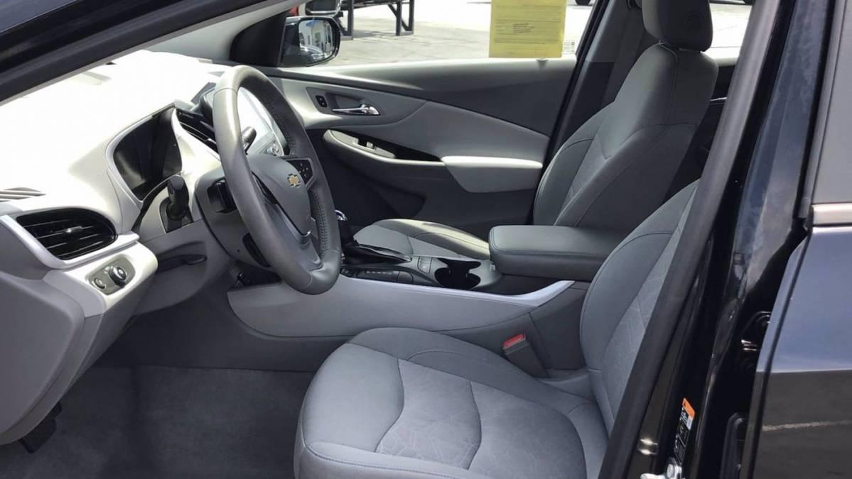 2018 Chevrolet VOLT 1G1RC6S5XJU141106