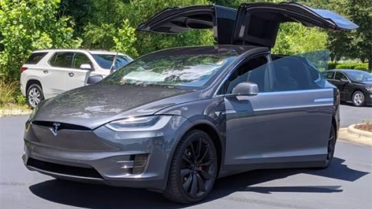 2019 Tesla Model X 5YJXCBE4XKF155964