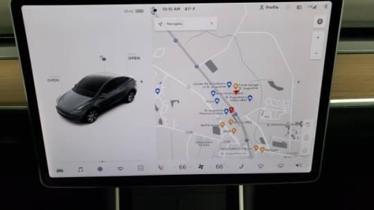 2021 Tesla Model Y 5YJYGDEE9MF099693