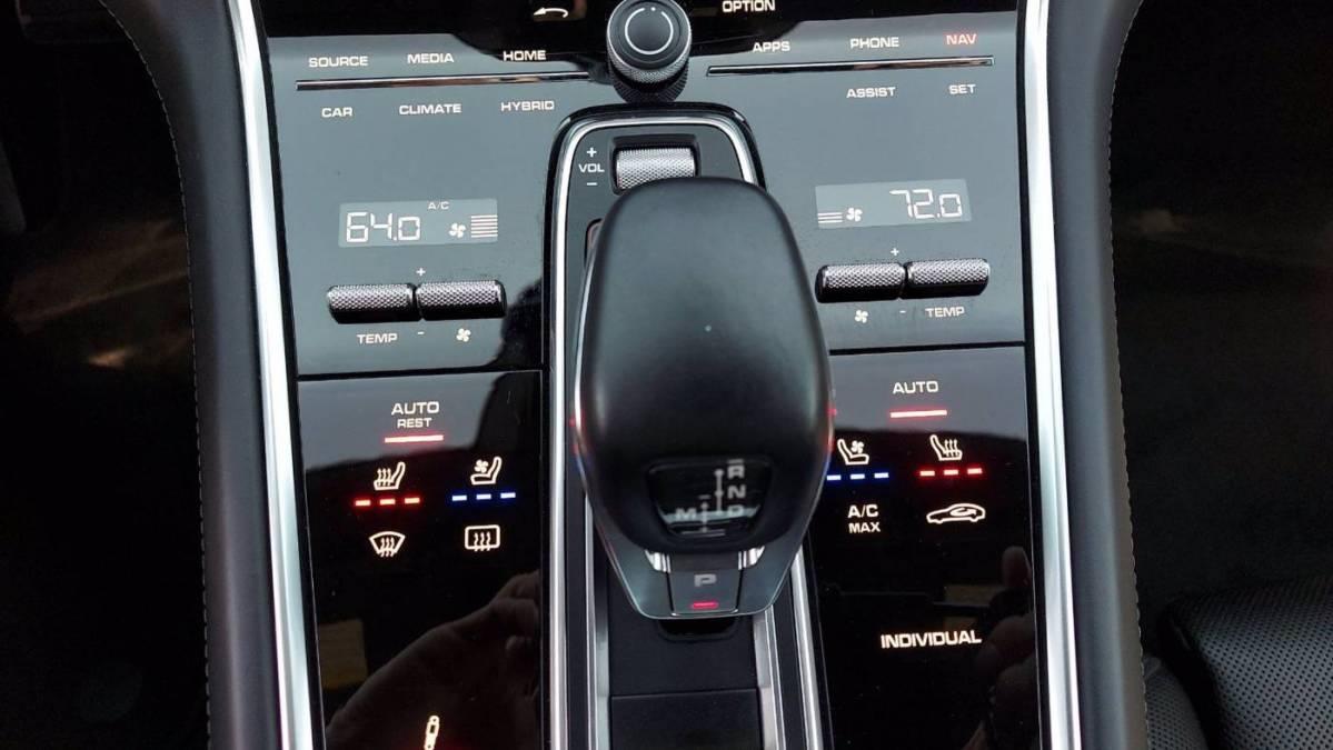 2018 Porsche Panamera WP0CH2A72JL198156