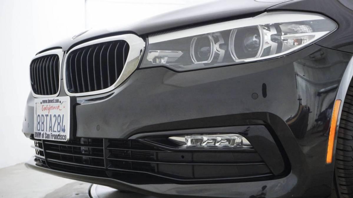 2018 BMW 5 Series WBAJA9C50JB034102