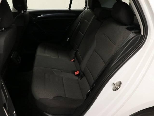 2017 Volkswagen e-Golf WVWKR7AU5HW954597