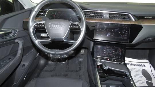 2019 Audi e-tron WA1LABGE2KB021800