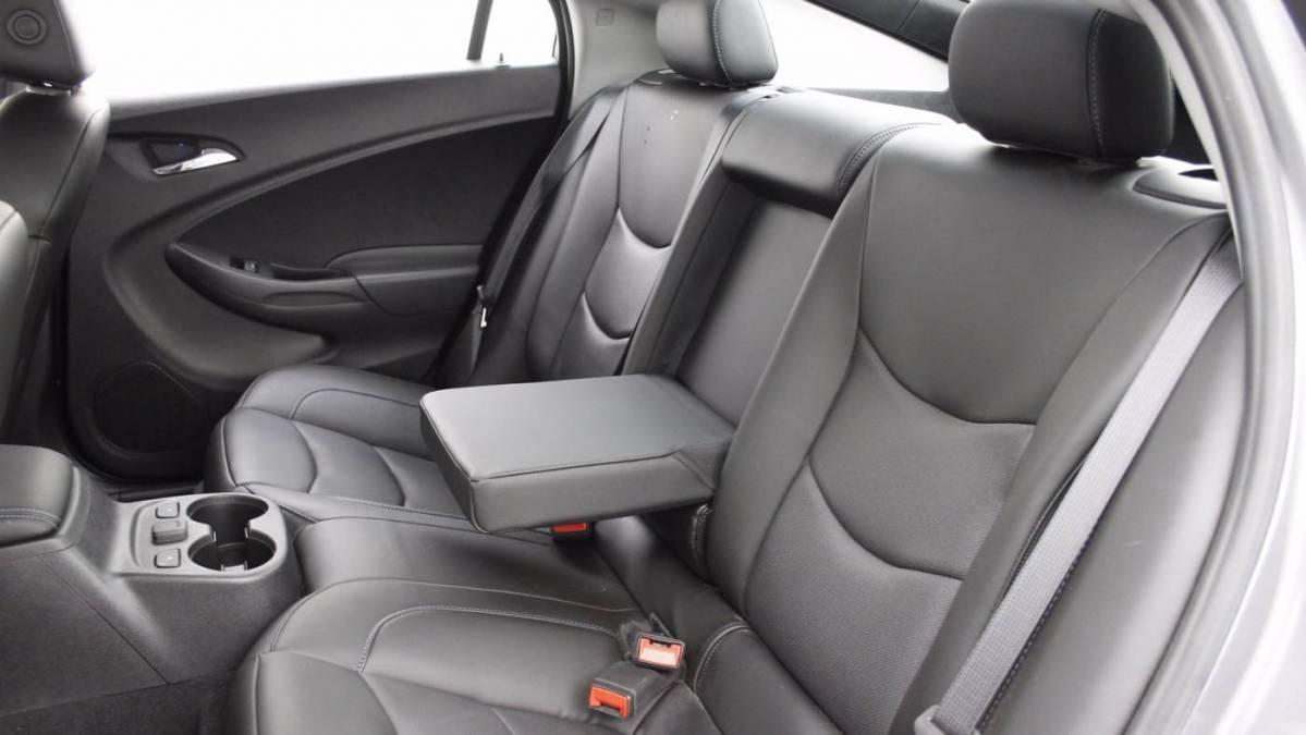 2018 Chevrolet VOLT 1G1RD6S52JU138360