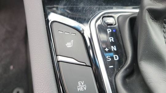 2018 Hyundai IONIQ KMHC75LD5JU082804