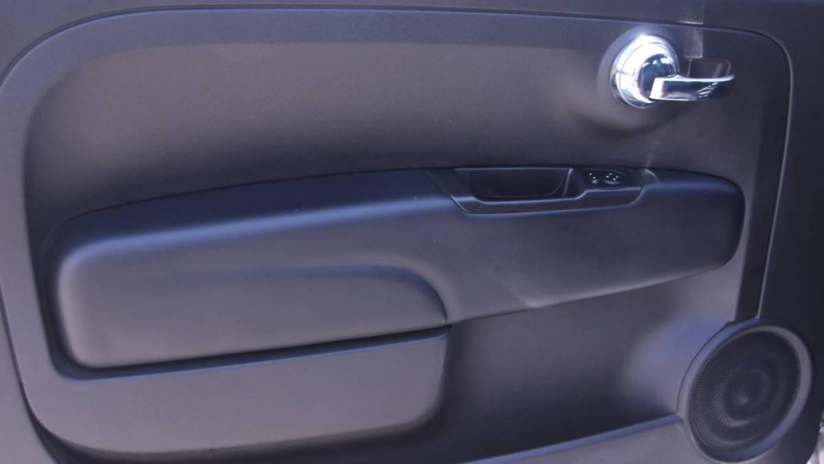 2017 Fiat 500e 3C3CFFGE4HT699104