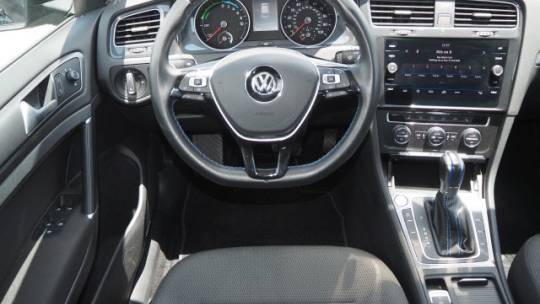 2019 Volkswagen e-Golf WVWKR7AU6KW909241