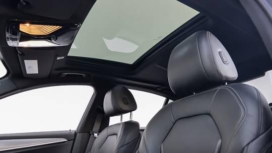 2018 BMW 5 Series WBAJA9C51JB251996