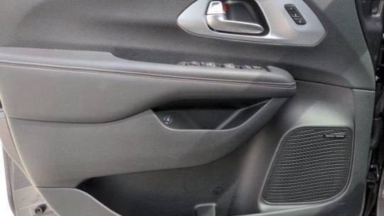 2020 Chrysler Pacifica Hybrid 2C4RC1N72LR200589