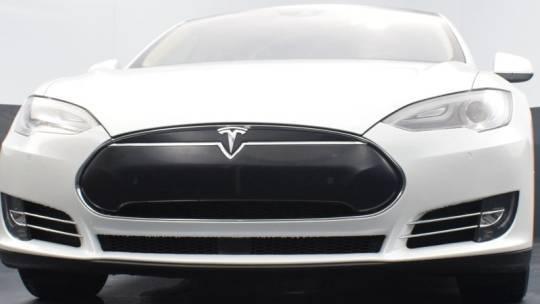 2015 Tesla Model S 5YJSA1E29FF114515