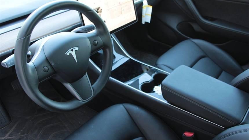 2019 Tesla Model 3 5YJ3E1EA6KF301544