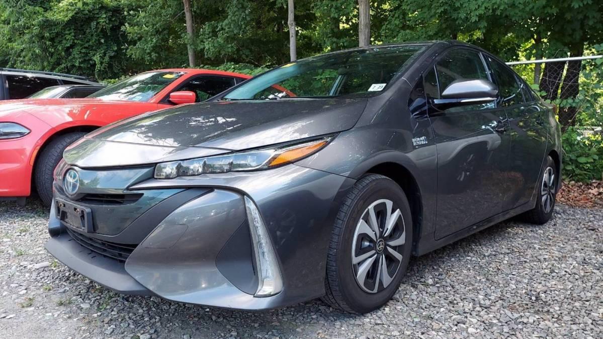 2018 Toyota Prius Prime JTDKARFP8J3076340