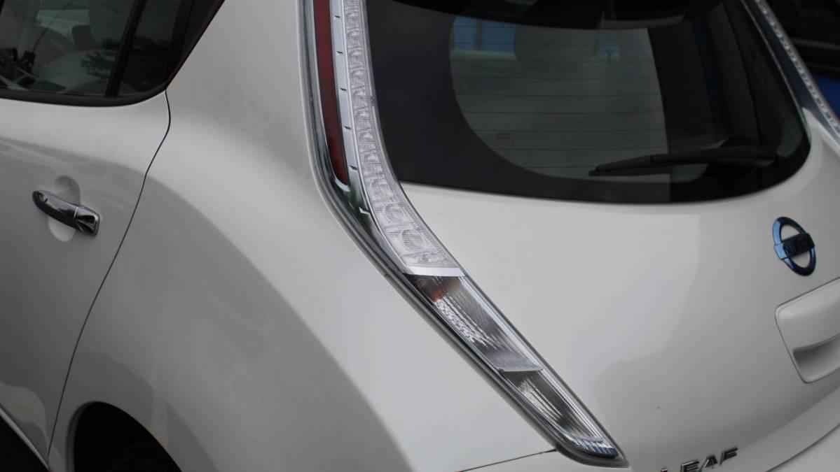 2013 Nissan LEAF 1N4AZ0CP2DC413390
