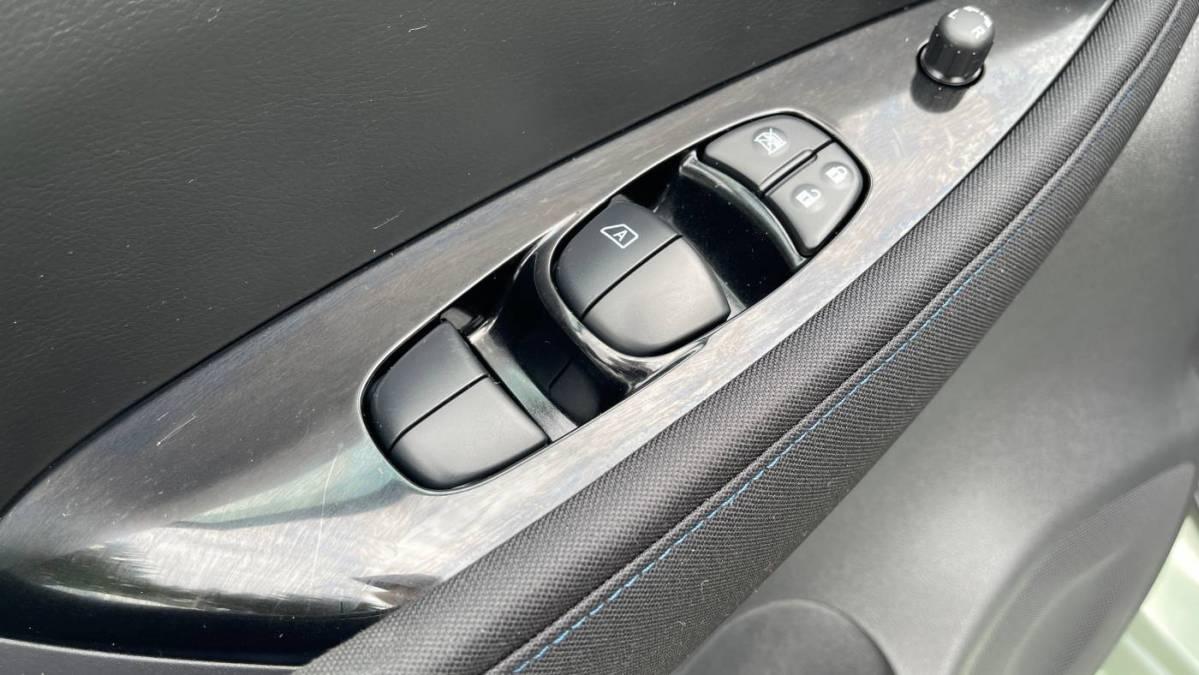 2019 Nissan LEAF 1N4AZ1CP9KC308302