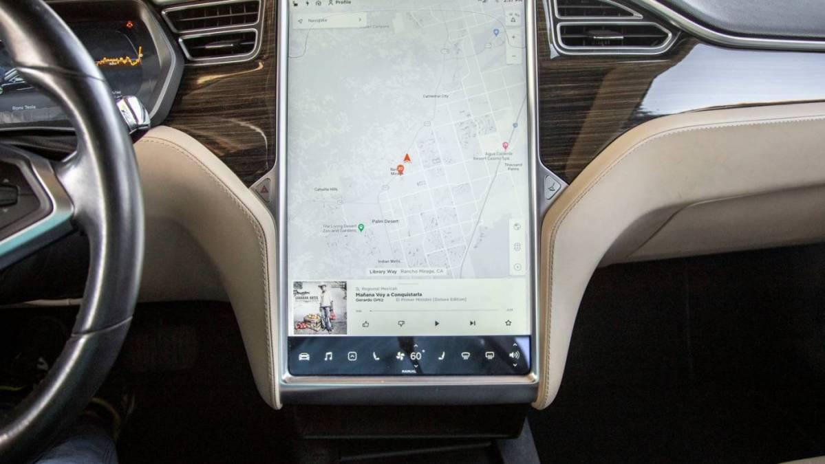 2014 Tesla Model S 5YJSA1H19EFP49431