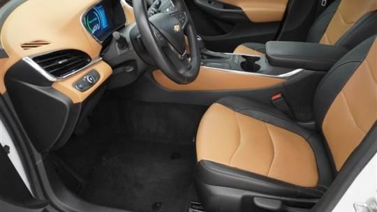 2017 Chevrolet VOLT 1G1RB6S57HU107668