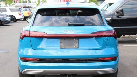 2019 Audi e-tron WA1VABGE3KB020745